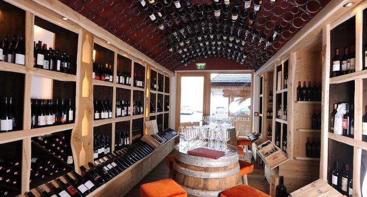 Hausbar und Weinlounge