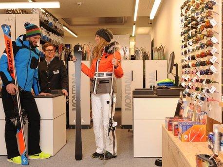 5_04_Ski Rental und Sport Shop