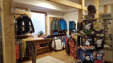 Skijacken und Baffs