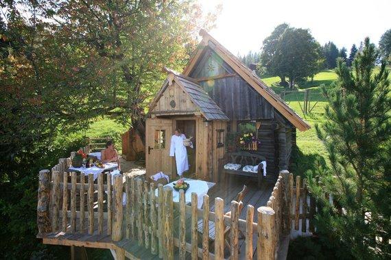 Die Stadl Sauna mit Panorama Terrasse