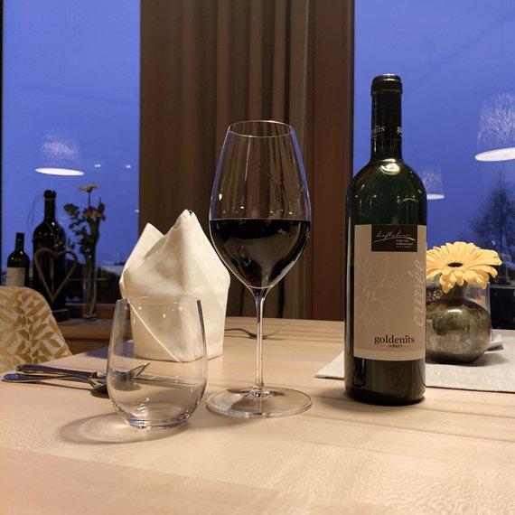 Abendessen mit Weinbegleitung