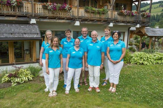 Bergbad&Spa Team unter der Leitung von Beate Mally, 3. von links