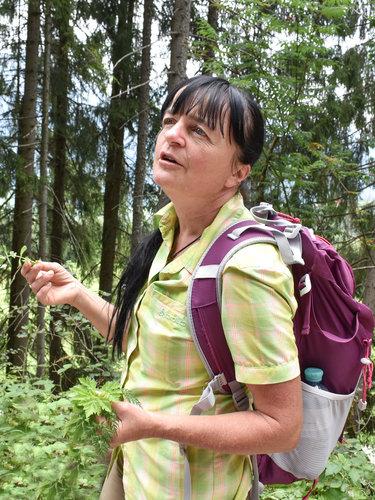 Edith Kräuterexpertin