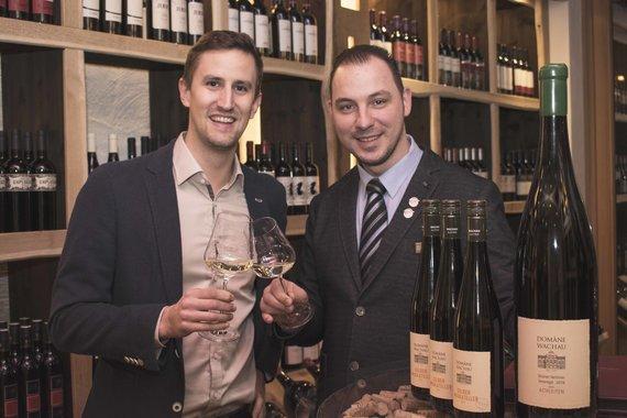 Raphael Buttinger von der Domäne Wachau und Restaurantleiter Alexander Filipovic