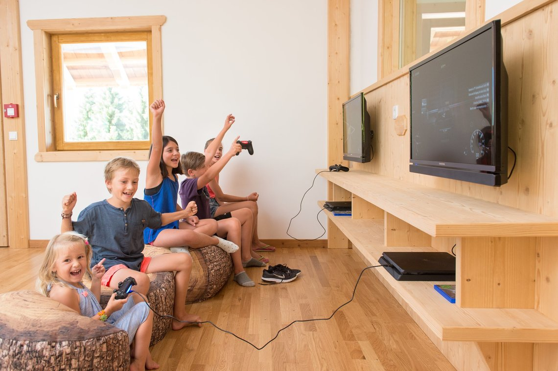 Spiele Alm - Gaming & Chillout Zone