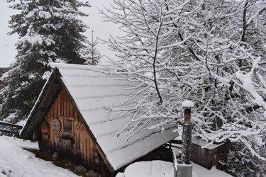Stadlsauna verschneit