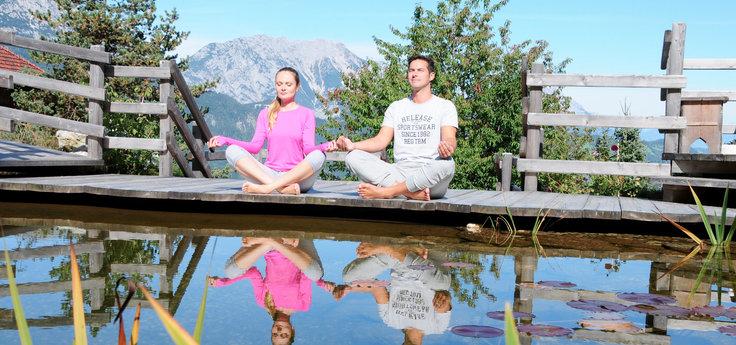Yoga am Teich