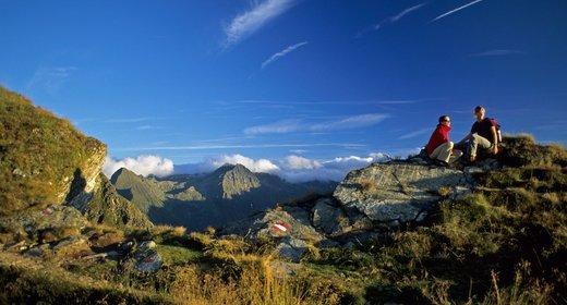 Hiking and lump sum activities