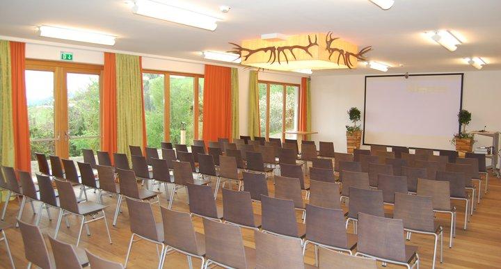 Theaterbestuhlung Dachstein