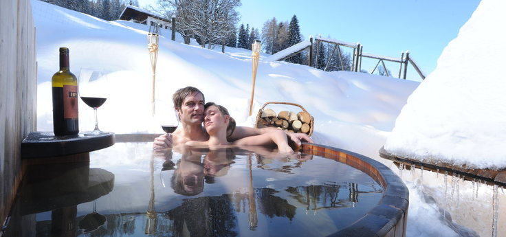 Hot Pot Bathing