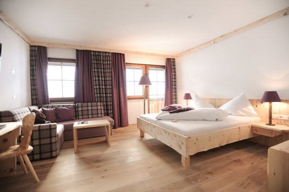 Cozy atmosphere with modern design on your well-deserved holiday in Haus im Ennstal.